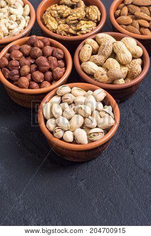 Mix of nuts : Pistachios almonds walnuts peanuts hazelnuts cashew