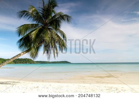 tropical beach sand and blue sky with vacation summer day