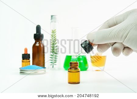 Scientists who study the mixing of substances extracted from nature. Used to treat and nourish the body. The concept of using organic substances from nature.