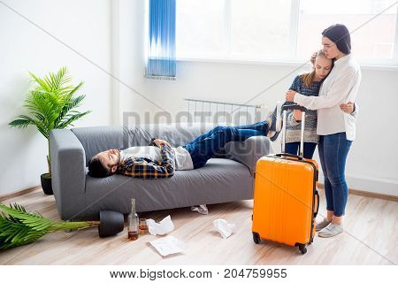 Wife is leaving her alcohol addicted husband