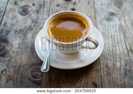 Hot Americano. This is how the makers of hot water mixed into the espresso. Americano is for those who prefer black coffee. The most popular drink coffee Americano prepared without milk or sugar.