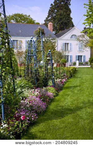 Nice classic garden of a French residence