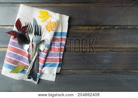 Flatware serving on tissue ready for eating thanksgiving day concept overhead view
