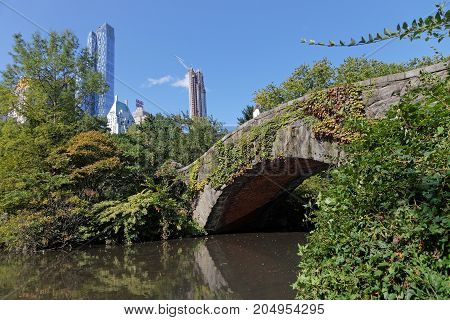 New York City, Usa, September 10, 2017 : Gapstow Bridge In Central Park. The Simple Fieldstone Arch