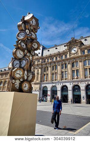 Paris, France - June 29, 2015: L`heure De Tous Monument, Gare Saint-lazare Train Station