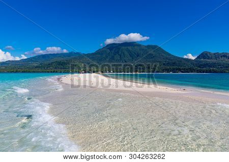White Island Camiguin Philippines April 23, 2018 The Beautiful Setting Of White Island