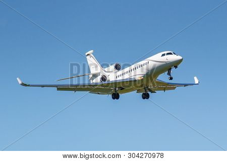 Moscow, Russia - May 19, 2019: Aircraft Dassault Falcon 8x T7-sgs Landing At Vnukovo International A
