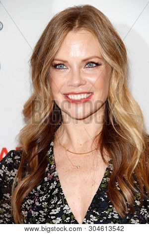 LOS ANGELES - APR 31:  Sarah Jane Morris at the Step Up Inspiration Awards at the Beverly Hilton Hotel on April 31, 2019 in Beverly Hills, CA