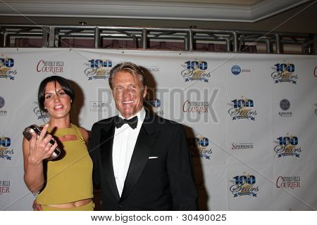 LOS ANGELES - FEB 26:  Dolph Lundgren arrives at the