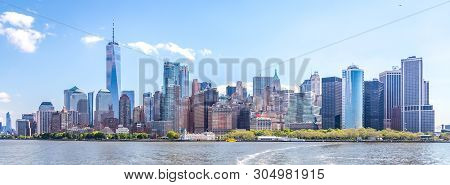 Skyline Panorama Of Downtown Financial District And The Lower Manhattan In New York City, Usa