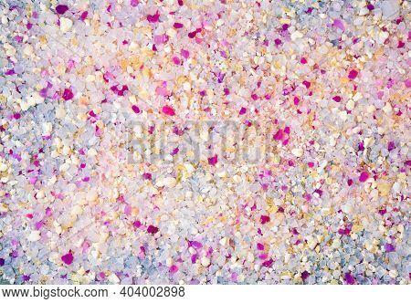 Multicolored Animal Filler, Top View, White And Purple Silica Gel
