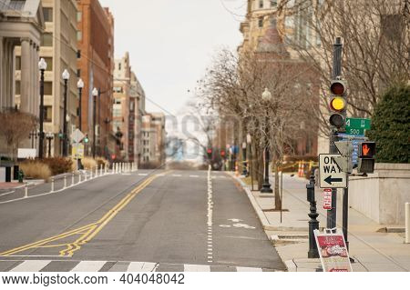 Focus On Traffic Light Photo City Street Washington Dc Usa