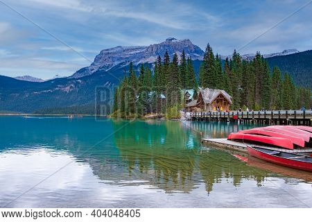 Emerald Lake, Yoho National Park In Canada, Emerald Lake And Tea House, Near Field, British Columbia