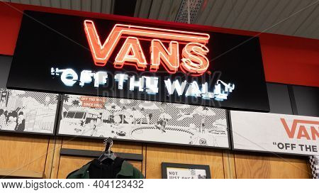 Bordeaux , Aquitaine  France - 01 18 2021 : Vans Brand Logo And Text Sign Front Of Skate Store Of Fa