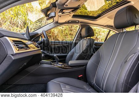 Bmw The5 2020 Interior
