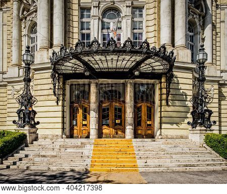 Budapest, Hungary, Aug 2019, Close Up Of The Entrance Of The Of The Comedy Theatre Of Budapest Build