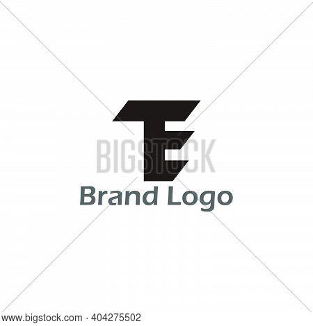 Letter Te Simple Geometric Motion Logo Vector