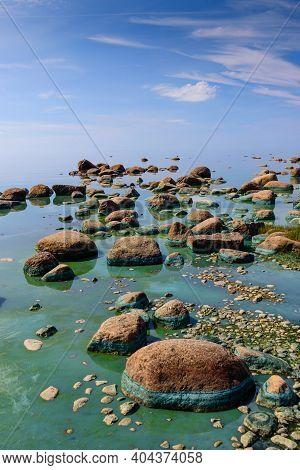 Baltic Sea Coast. Beautiful Sea Shore With Blue Water. Gulf Of Finland Coast, Lautaranta Cape, Lenin
