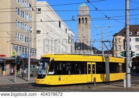 Muelheim A.d. Ruhr, Germany - September 21, 2020: Public Transportation Electric Tram In Muelheim An