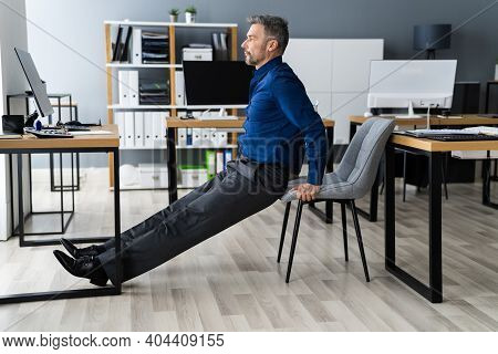 Triceps Dip Office Desk Chair Workout Exercise