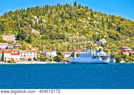 Zadar Archipelago. Small Island Of Osljak Ferry Port And Waterfront View, Zadar Archipelago In Dalma