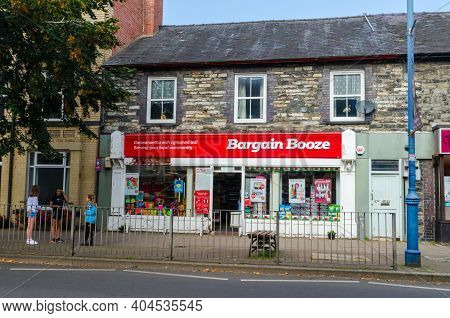 Bala; Uk: Sep 20, 2020: Bargain Booze Is A National Off Licence Retail Chain Owned By Bestway Group.