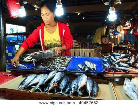 Retail fish vendor