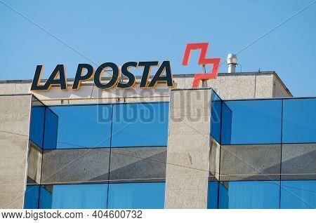Locarno, Ticino, Switzerland - 16th January 2021 : View Of Swiss Post (la Posta In Italian) Sign Loc