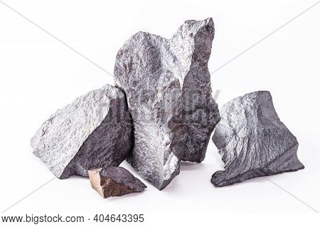 Magnetite, Magnetic Ore. It Is A Magnetic Mineral Formed By Iron Oxides, Industrial Use