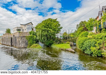 Water Flowing Calmly At The Junction Of The Eglinton Canal And Adjacent Canals Surrounded By Houses
