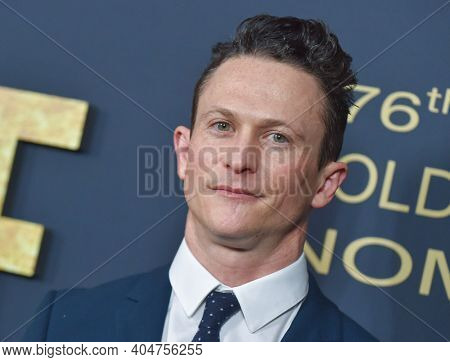 LOS ANGELES - JAN 05:  Jonathan Tucker arrives for Showtime Golden Globe Nominee Celebration Premiere on January 05, 2019 in West Hollywood, CA