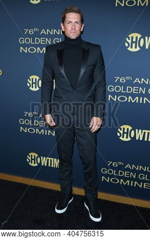 LOS ANGELES - JAN 05:  Actor Steve Howey arrives for Showtime Golden Globe Nominee Celebration Premiere on January 05, 2019 in West Hollywood, CA