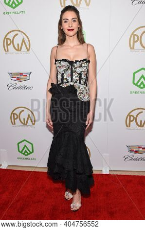 LOS ANGELES - JAN 19:  Actress Alison Brie arrives for the 30th Annual Producers Guild Awards on January 19, 2019 in Beverly Hills, CA