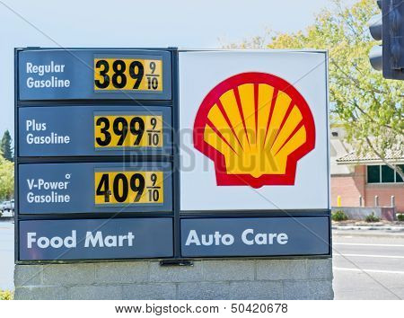 Sacramento, Usa - September 5: High Shell Gas Price On September 5, 2013 In Sacramento, California.