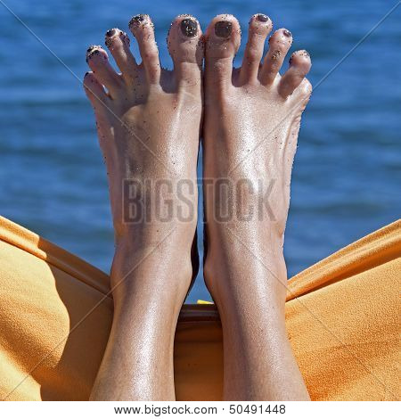 Sandy Crazy Woman Toes  On The Beach