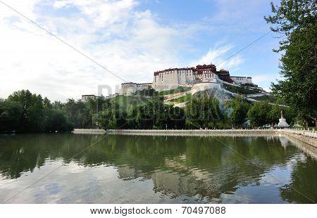 potala palace lake,tibet ,china