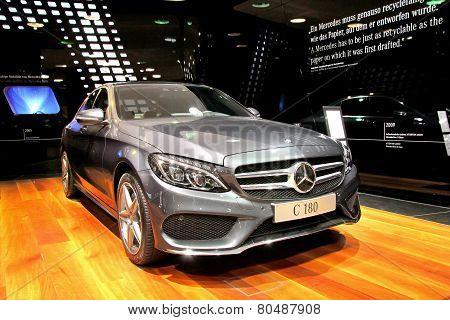 Mercedes-benz W205 C180