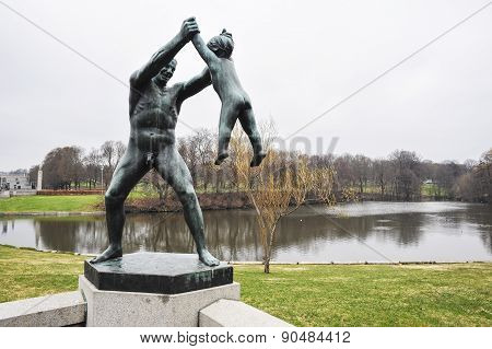 Sculpture Of Man And Child In Vigeland Park