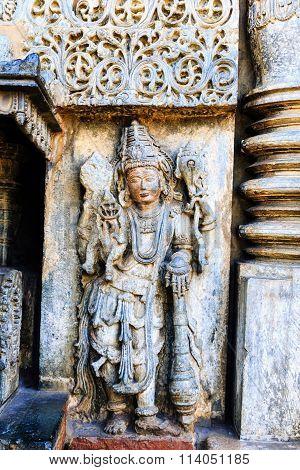 Artistic statue of Lord MahaVishnu at Chennakesava temple, Belur