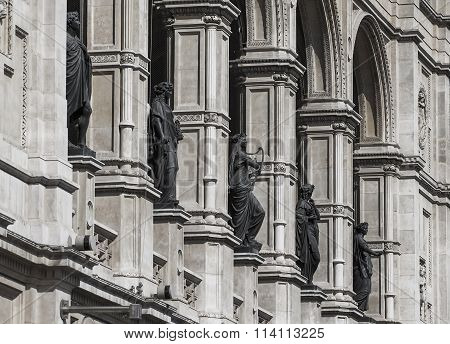 The statues on the facade of the theater in Vienna. Austria