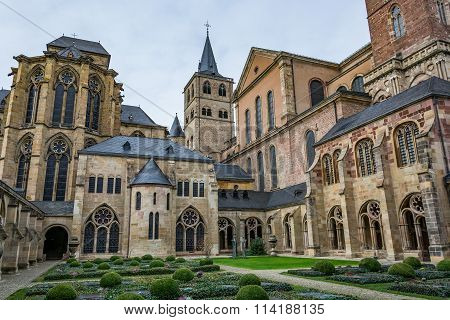 View of the Cathedral of Trier from the cloister, Germany