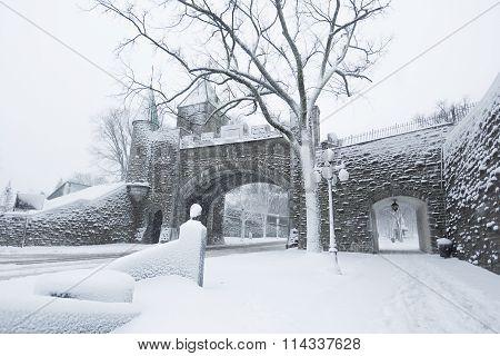 Dauphine gate Quebec City