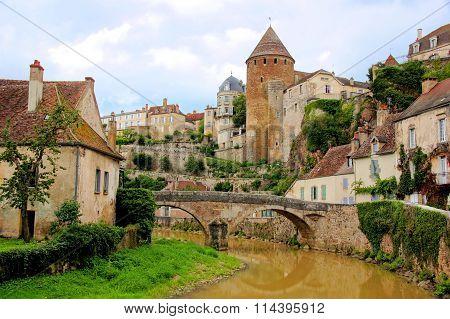 Old stone bridge, Semur en Auxois, Burgundy, France