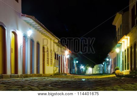 Colonial And Historical Cities And Old Houses And Churchs Tradicional