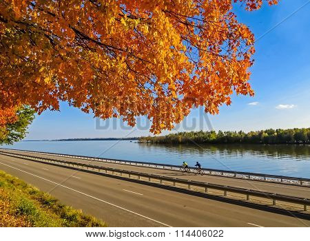 The Bike Ride - Fall Along the Mississippi - Great River Road