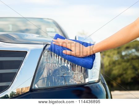 Hand Wiping Car
