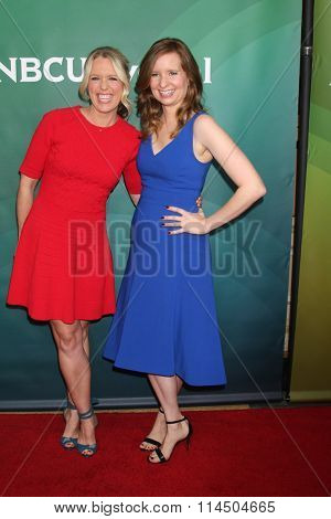 LOS ANGELES - JAN 14:  Jessica St. Clair, Lennon Parham at the NBCUniversal Cable TCA Press Day Winter 2016 at the Langham Huntington Hotel on January 14, 2016 in Pasadena, CA