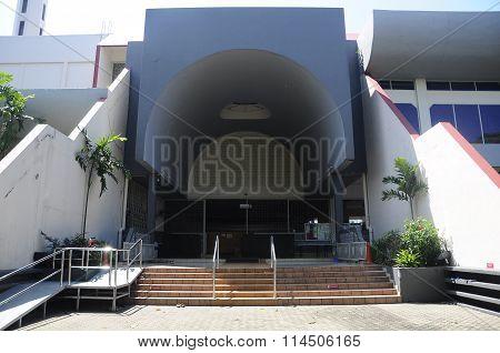 Entrance of Malaysia Putra University Mosque