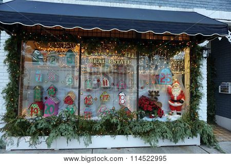 Window of the Graham Real Estate Office at Christmas