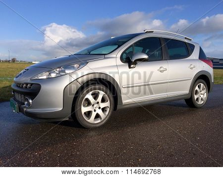 Peugeot 207 SW (estate) Sport Outdoor 1.6 VTi XS